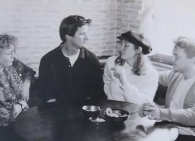 """Учителите в ЕГ""""Б.Брехт"""" през 90-те: В черно/бяло и цвят"""