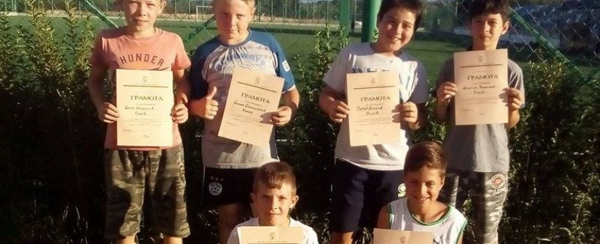 Кметът на Калугерово награди млади огнеборци от селото
