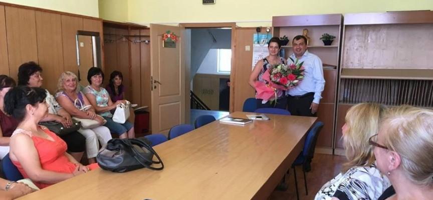 """Септември: Ивалина Табакова смени Янка Кметска, оглави екипа на СУ """"Христо Ботев"""""""