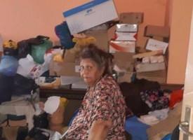 Зов за помощ: Самотно живееща болна жена се нуждае от лечение