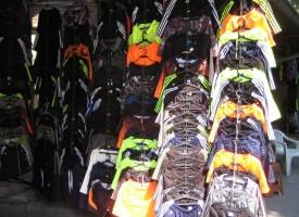 """Пазарджик: Търговка продава стоки на  """"Nike"""" и """"Adidas"""", но те не знаят, взеха ги"""