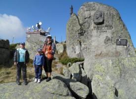 Туристи катерят Черни връх тази неделя