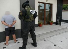 София- Пазарджик: Арестуваха престъпна група за разпространение на фалшиви евро