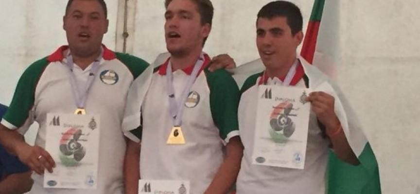 Двойно злато за корабомоделистите ни от Световното първенство в Унгария