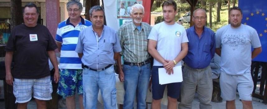 Модел яхт клуб-Пазарджик закри сезона на язовир Батак