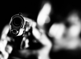 Коментари: Сбогом на оръжията или кой ви ги дава?