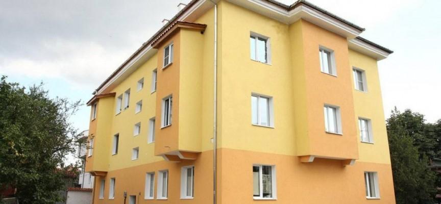 Втори етап от програмата за саниране на малки сгради стартира утре в Пазарджик