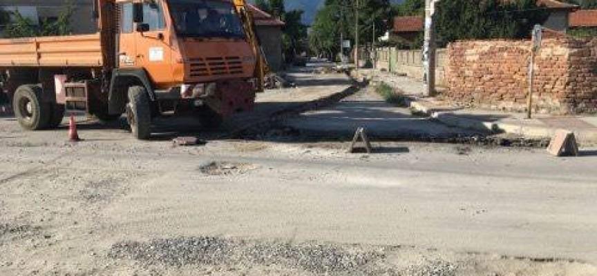 Приключва ремонтът на поредна улица в Септември