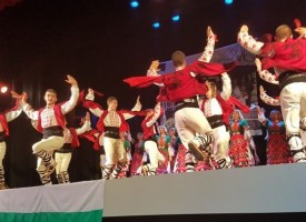 """""""Чудесия"""" взриви с танците си българската общност в Тарагона"""