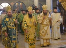 Утре: Дядо Николай служи в Успение на Света Богородица