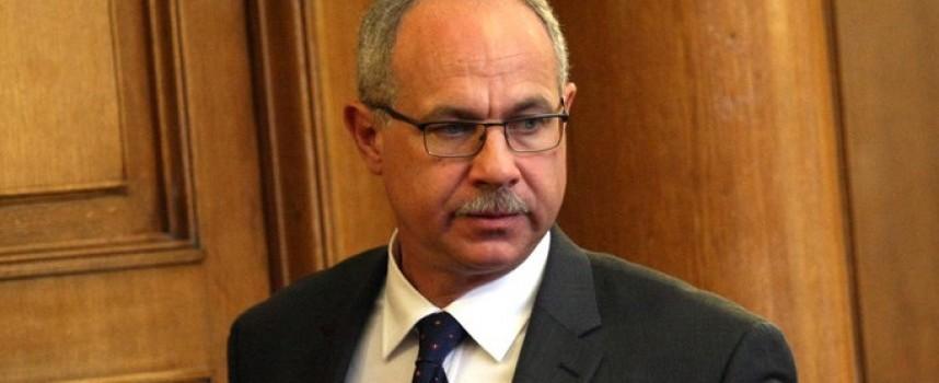 Антон Тодоров подаде оставка