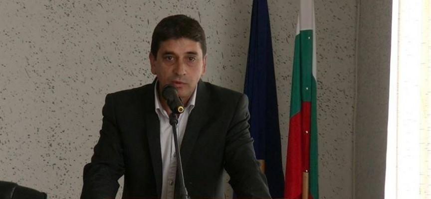 Отстраниха Пламен Темелков от кметския пост в село Семчиново