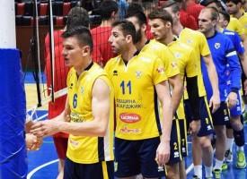 Надвечер: Гледаме на живо волейболната среща Хебър – ЦСКА
