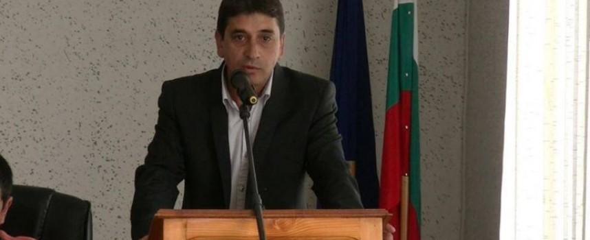 Семчиново: Пламен Темелков от днес пак е в кабинета си