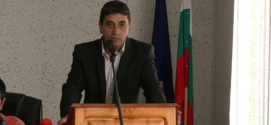 Освободиха кмета на Семчиново Пламен Темелков