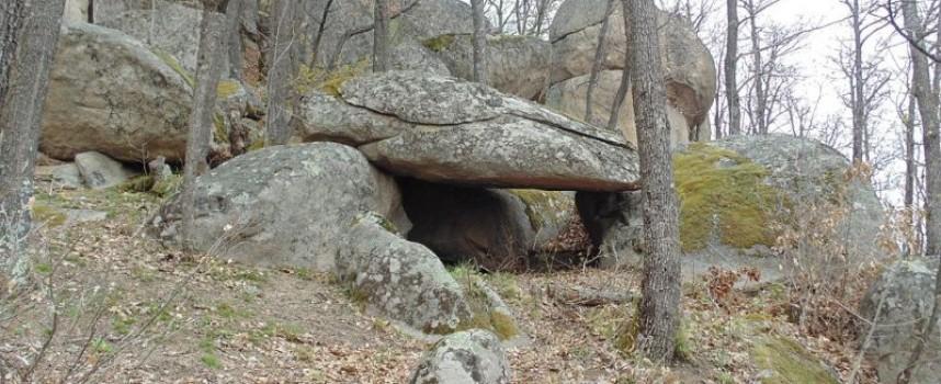 Съботни маршрути: Мистичната Стрелча – границата на две древни тракийски царства