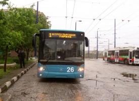 УТРЕ: Автобуси заменят тролеите, заради профилактика