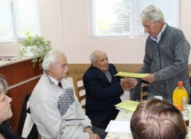 В Дебращица: Честваха 95 години на ветерана Гаврил Маймунков