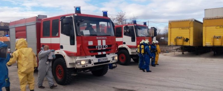 Гасиха пожар в цех за пластмасови изделия в Капитан Димитриево