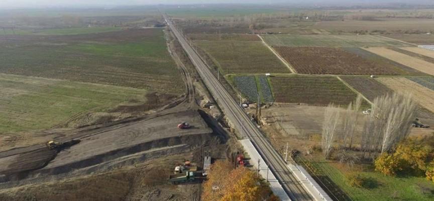 Напредва изграждането на надлеза при Ковачево