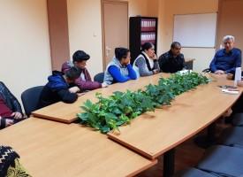 Николай Зайчев се срещна с ромски деца, които не ходят на училище