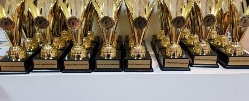 Пещера: 24 спортисти получиха своите отличия от кмета Николай Зайчев, ето кои