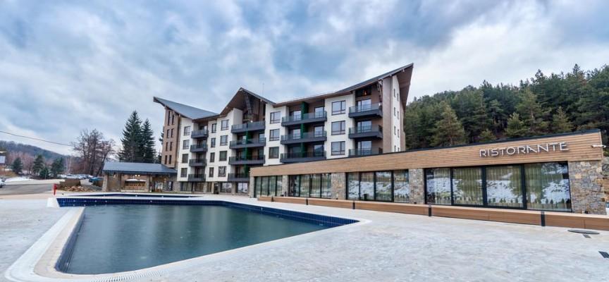 През юли: Луксозните хотели имат по-добра посещаемост от евтините в областта
