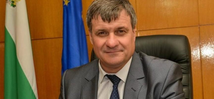 Д-р Костадин Коев: Весели празници!