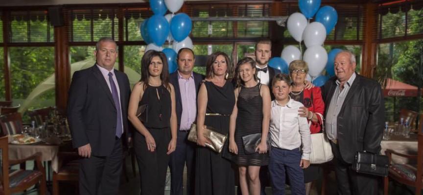 Добрата новина: Йордан Младенов стана татко на момиченце