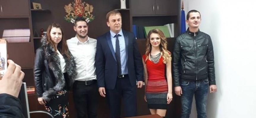 19 брака бяха сключени през 2017 г. в Сърница, бебетата са 40