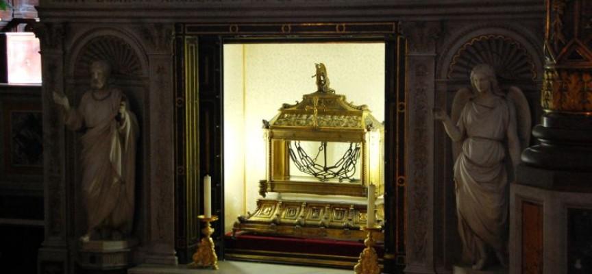 Православният свят днес почита честните оковите на Свети Петър, ето защо
