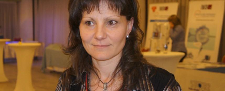 Доц. Таня Тимева с награда за Бабинден във Велинград