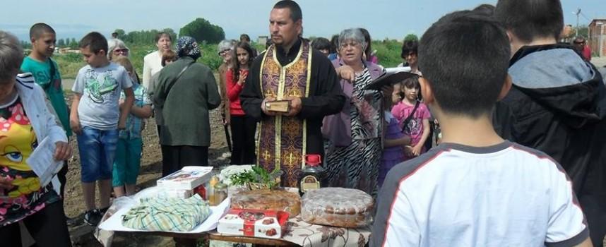 Мало Конаре събира пари за параклис край оброчен камък, вижте легендата