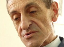 УТРЕ: Поетът Иван Есенски гостува в Панагюрище