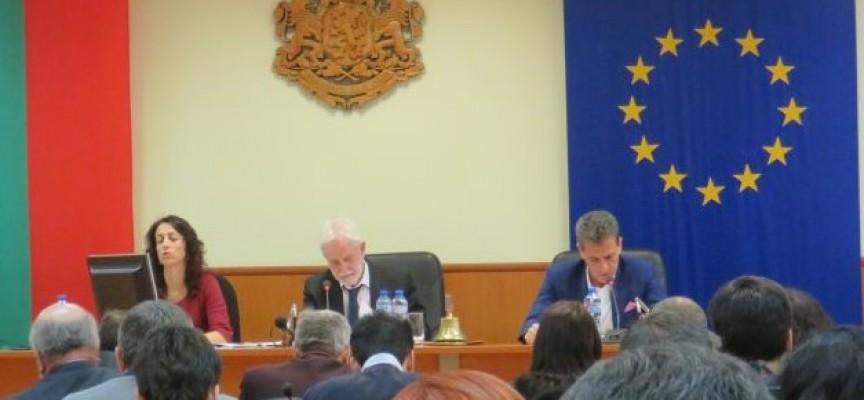 Тодор Попов: Хората от общинска администрация заслужават уважение
