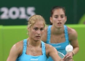 Бадминтон: Гарантиран четвъртфинал за сестрите Стоеви на Европейското