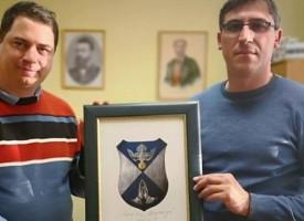 Александър Алексиев връчи герба на кмета на Мирянци