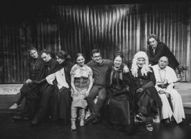 """В понеделник: Театърът с премиерата на """"Бутилка оцет"""", вижте афиша до края на месеца"""