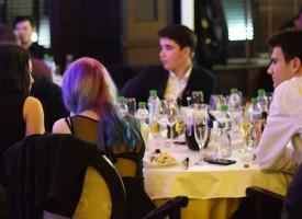 Светска хроника: Съветът за младежка политика направи годишния си бал