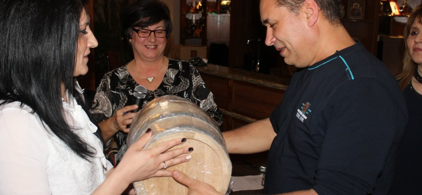 Септември: Общински съветник от ВМРО спечели приз за най-добро червено вино
