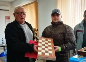 Церовци грабнаха купите на турнира по табла в Калугерово