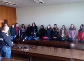 Пазарджик: Ученици от Икономиката гостуваха в Районното управление