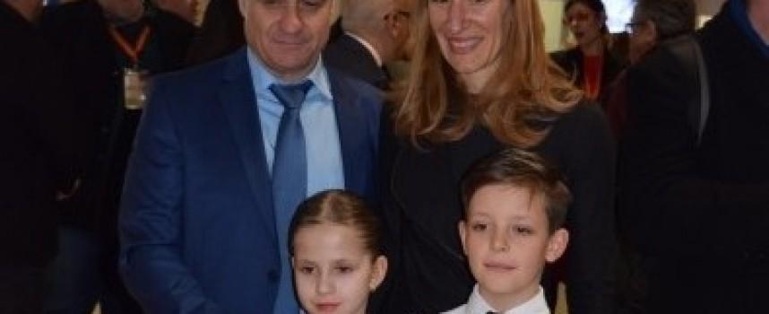 """Министър Ангелкова отдели специално внимание на Велинград на изложение """"Ваканция и СПА експо"""""""