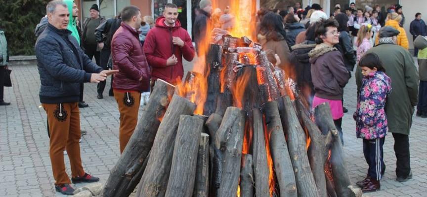 Палим огньове за Сирница, от РИОСВ призовават кметовете за контрол
