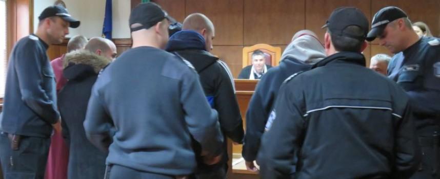 По време на свиждане: Стоян Деянов пробвал да внесе хероин в печено пиле, така изкарал новогодишната нощ в затвора