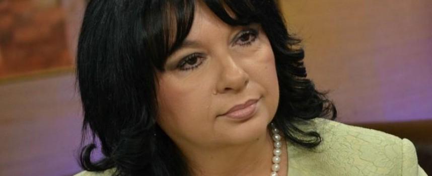 Теменужка Петкова хвърля оставка заради сделката с ЧЕЗ