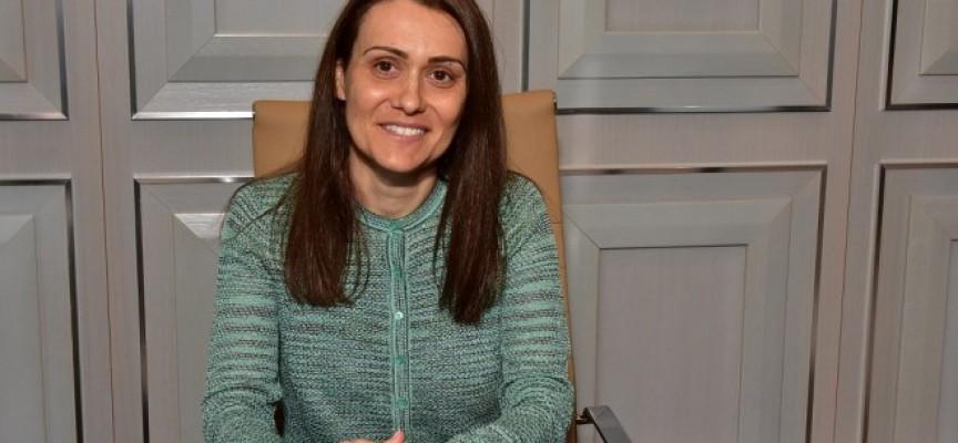 Гинка Върбакова дава отговори утре в Парламента