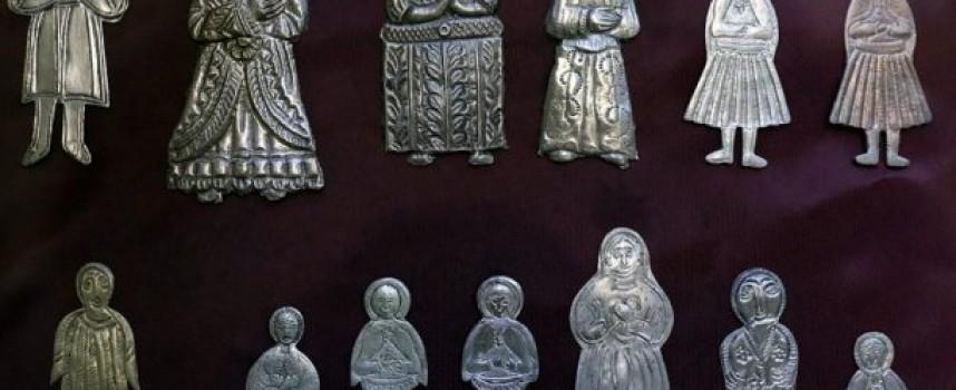 Оброчни фигурки показват в Етнографскат експозиция, научете за магическия свят на древността