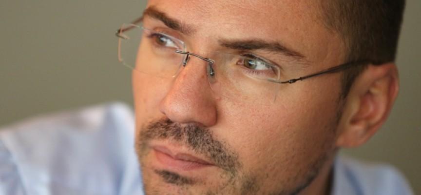 """Днес: Евродепутатът Ангел Джамбазки ще бъде гост на  """"Коридорът е Европа"""""""