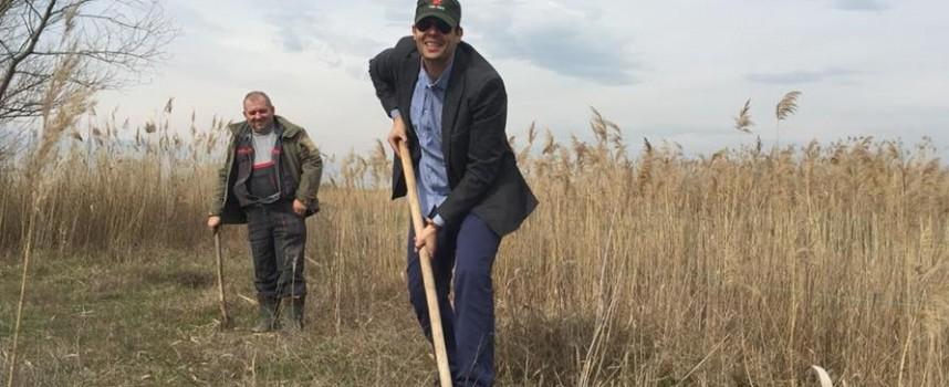 Ловците садиха дръвчета на Лазаровден, за да ознаменуват годишнина
